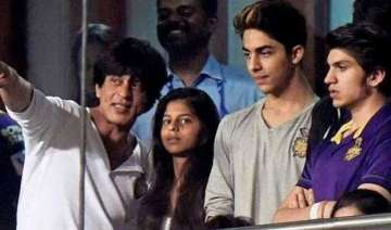 shah rukh khan s kkr squad excited to win the top...