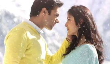 sanam re review a clich d love triangle that...