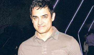 survey shows aamir is number one - India TV
