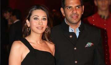 here s how karisma kapoor reacted when quizzed...