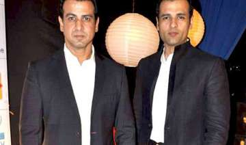 rohit roy turns writer for brother ronit - India...