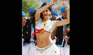 katrina gets abdominal pains after belly dancing...