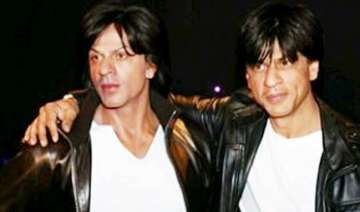 shah rukh khan s wax figure unveiled at madame...