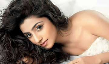 neha marda to make her bollywood debut soon -...