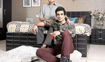 sonu sood shattered after his father s demise -...