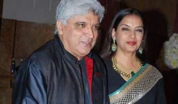 javed akhtar and shabana azmi urge fans to donate...