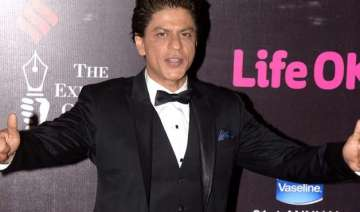 shah rukh khan doesn t want awards for hny makes...