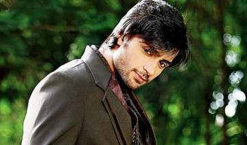 it s a slick stylish shaleen bhanot on debut song...