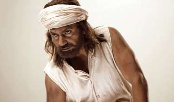 nawazuddin s manjhi the mountain man made tax...