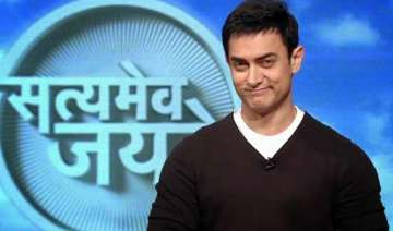 is aamir khan really forcing people to sell their...