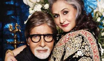 jaya bachchan mother fans big b - India TV