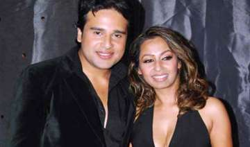krushna and i love to sleep with each other says...