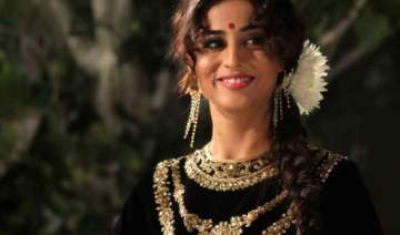 mahie goes glam in zanjeer excited - India TV