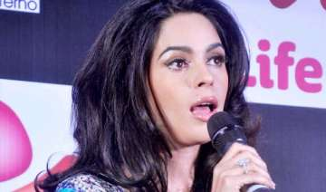 mallika doesn t want to marry anyone from filmdom...