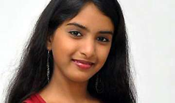 missing telugu actress surfaces says mom s friend...