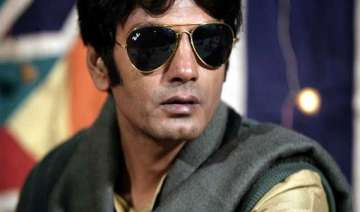 nawazuddin to work under brother s direction -...