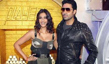 players different from dhoom abhishek bachchan -...