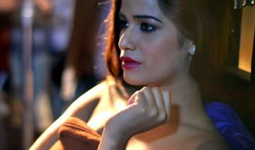 poonam pandey cries foul - India TV