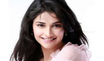 prachi desai says she is in an experimental phase...