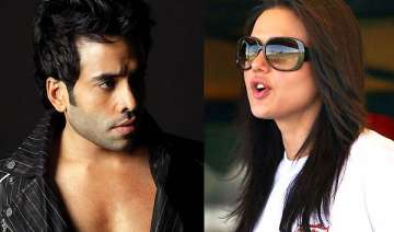 preity demands apology from tusshar kapoor -...