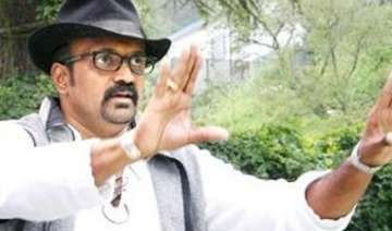 ravi k chandran to debut as director with a tri...