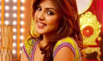 rhea chakraborty kicked the molestor hard filed a...