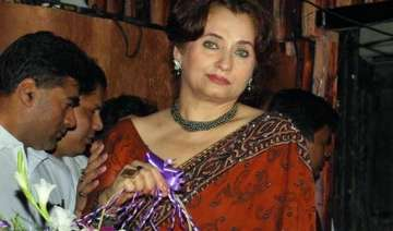 salma agha s servant arrested on charge of theft...