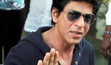 shah rukh khan looking for solace opts for gautam...