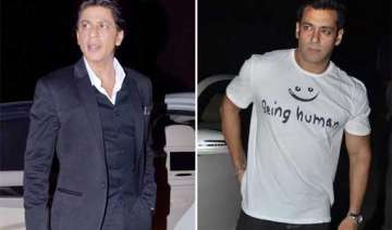 shah rukh salman spotted together at mehboob...