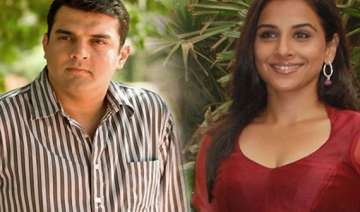 siddharth gifts vidya a rs 14 cr juhu apartment -...