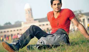 sidharth sweats out in jym for the villain -...