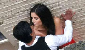 srk and katrina reel life romance in london -...