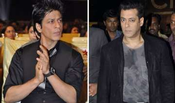 tension as srk salman attend riteish s birthday...