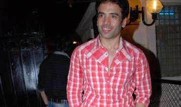 tusshar thrown out of home during navratra -...