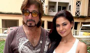 veena malik attends mahurat of her debut...