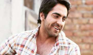vicky donor turns blood donor - India TV