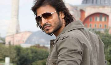 vivek oberoi excited to turn baddie for krrish 2...
