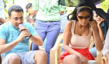 was unsure about poonam pandey saxena - India TV