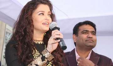 aishwarya rai s new stunning look launches...