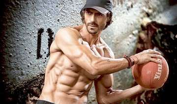 arjun rampal to sacrifice diet for vacation with...