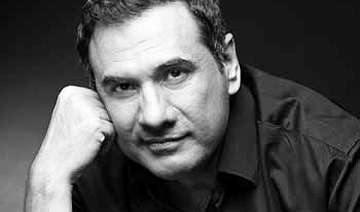boman irani keen to host own photography...