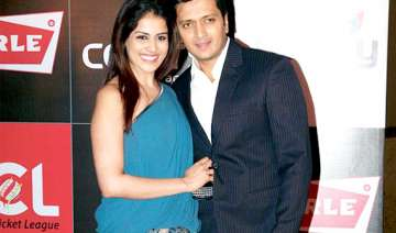 it s official genelia is pregnant riteish...