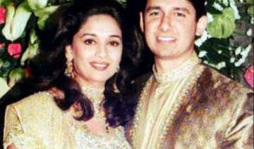 happy wedding anniversary to madhuri dixit and...