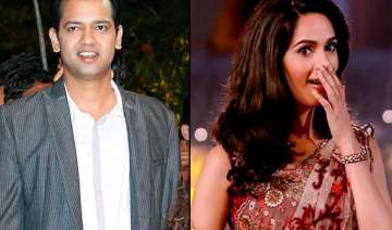 mallika sherawat embarrasses rahul mahajan on...