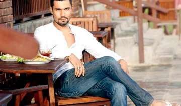 randeep hooda i m with the times not behind it -...