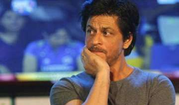 what shah rukh khan gets arrested while shooting...
