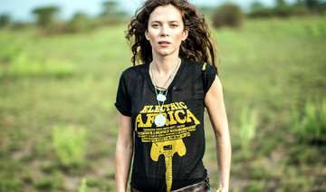 anna friel s experience with gorilla - India TV