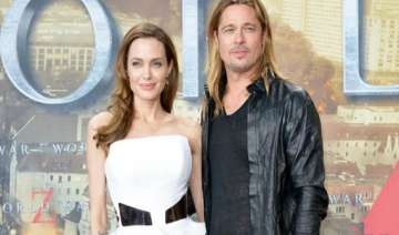 brad pitt buys private jet for angelina - India TV