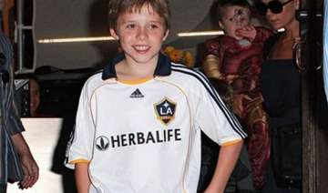 brooklyn beckham wants to do charity on...