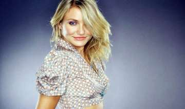 cameron diaz loves men more than anything - India...